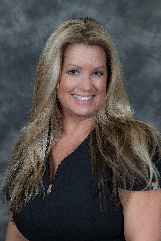 Christie Jakowpck, CMT